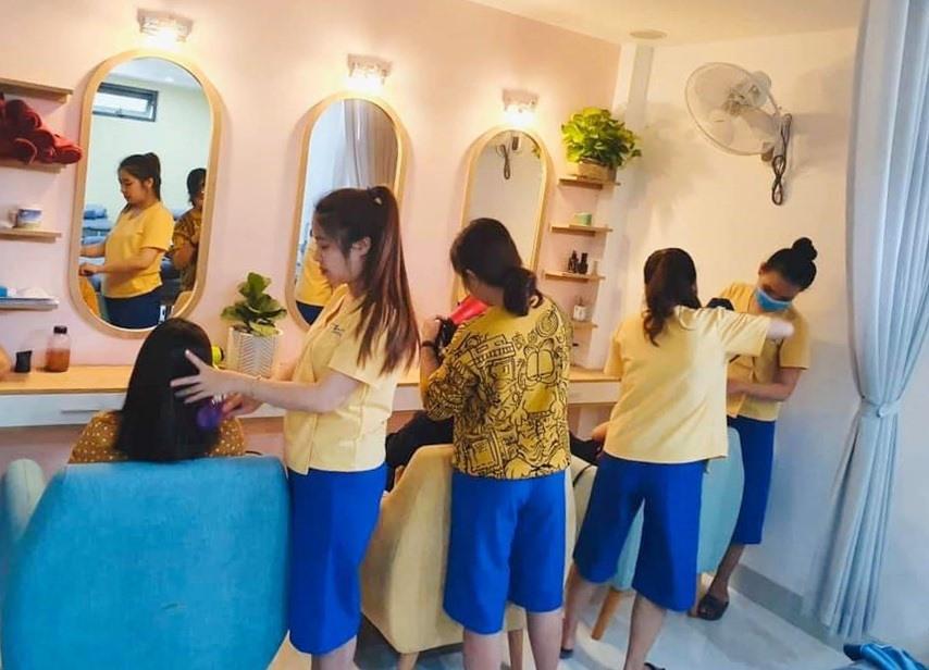 Không gian thoáng đãng cùng dịch vụ chăm sóc đặc biệt mang lại cho khách hành nhiều trải nghiệm tại Yên Beauty & Spa. Ảnh: Kl