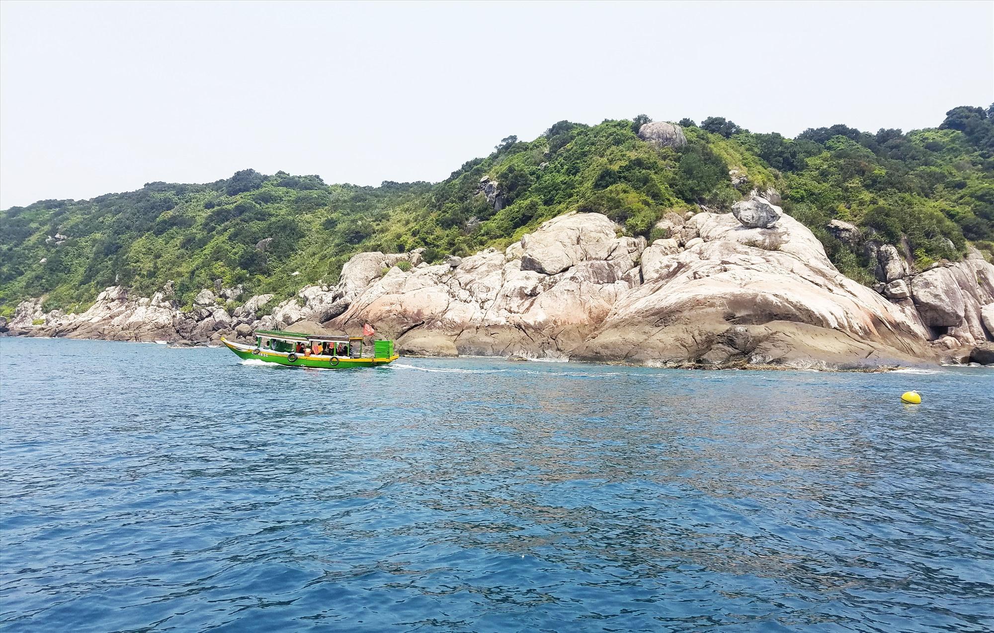 Cù Lao Chàm có tiềm năng phát triển du lịch khám phá, du lịch mạo hiểm. Ảnh: Q.T