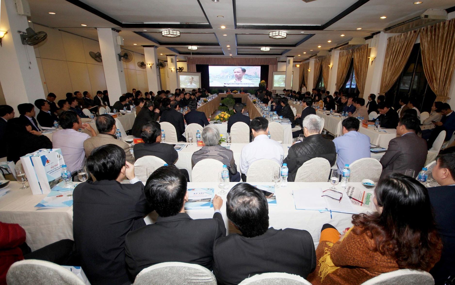 Rất đông đại biểu các Bộ ngành, lãnh đạo chính quyền, sở ban ngành các địa phương và nhiều chuyên gia hàng đầu tham dự hội thảo. Ảnh: T.C