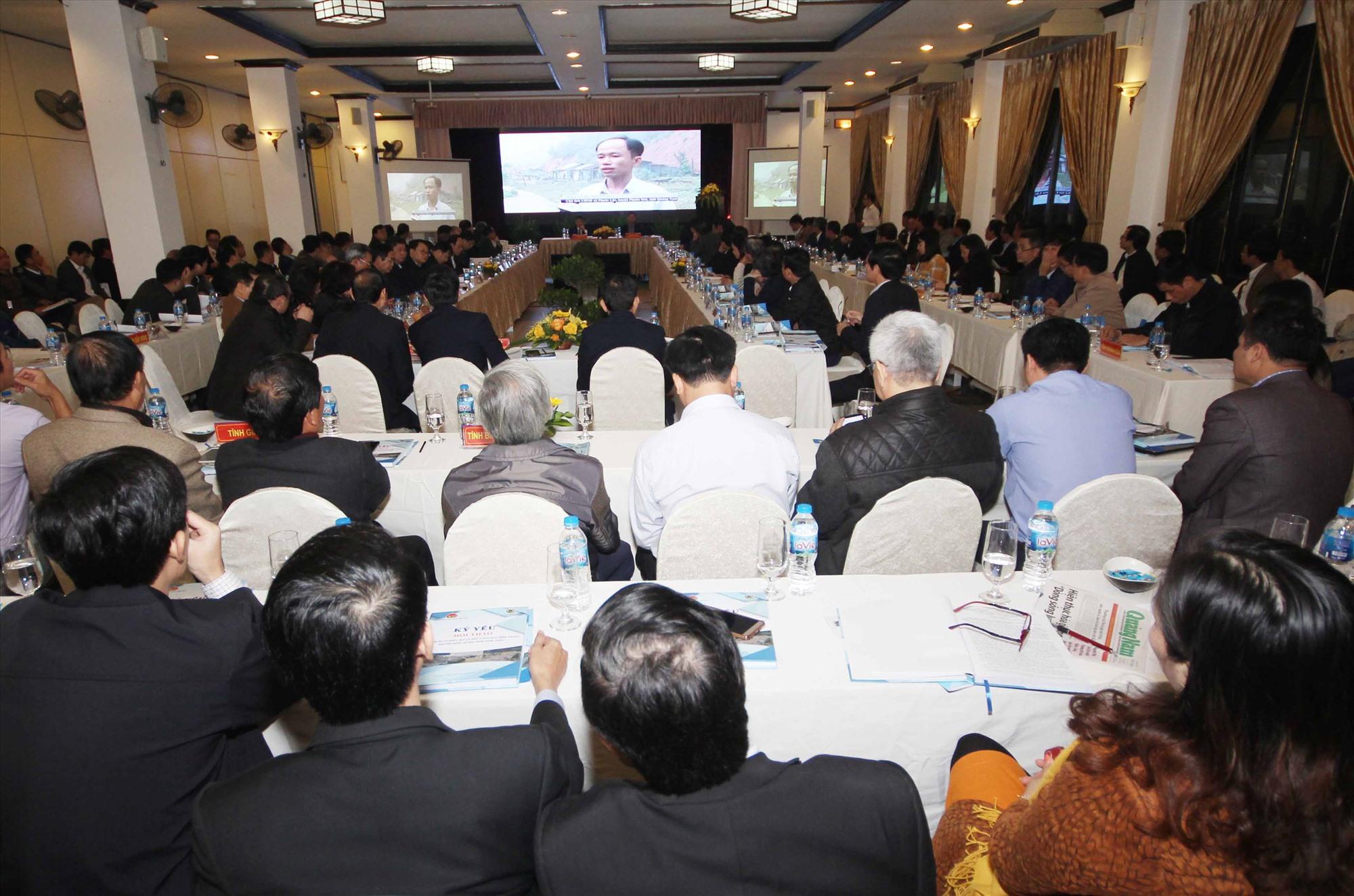 Gần 200 chuyên gia, nhà khoa học, nhà quản lý, lãnh đạo các cơ quan Trung ương, các tỉnh,thành phố cũng như các tổ chức khoa học, xã hội... tham dự hội thảo. Ảnh: T.C