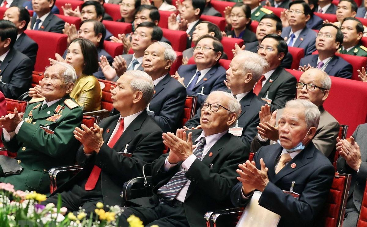Các đại biểu dự Đại hội Đảng lần thứ XIII. Đại hội lần này quy tụ 1.587 đại biểu, đại diện cho hơn 5,1 triệu đảng viên trên cả nước. (Ảnh: TTXVN)