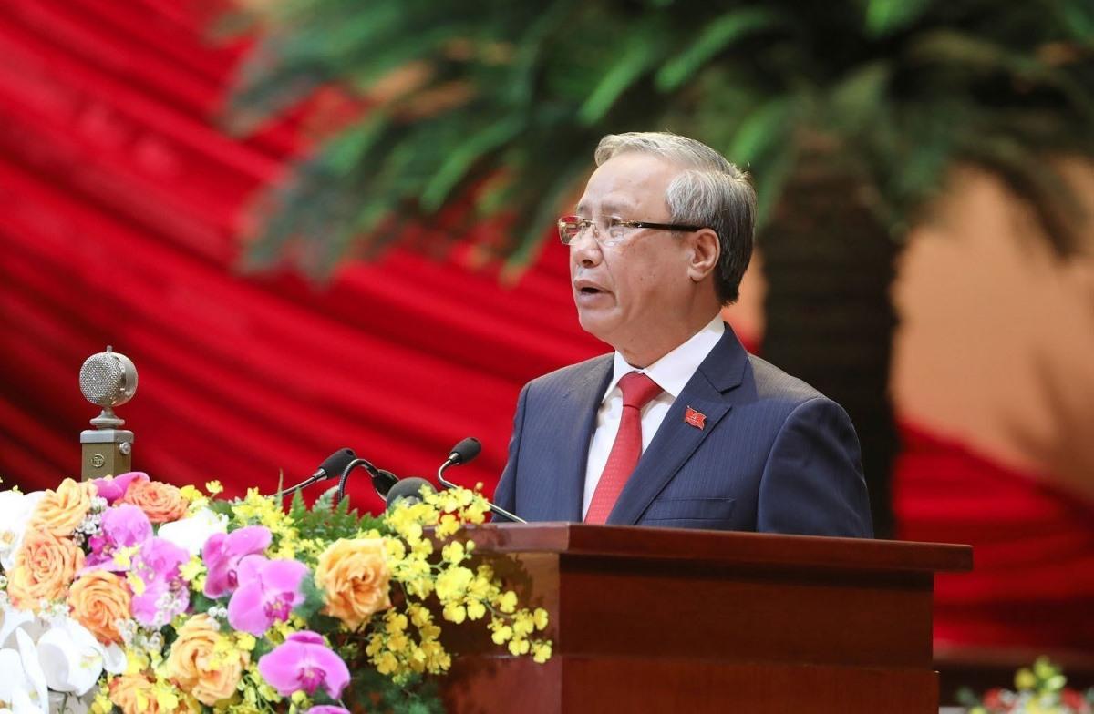 Thường trực Ban bí thư Trần Quốc Vượng thay mặt Đoàn Chủ tịch tuyên bố lý do, giới thiệu đại biểu và khách mời của Đại hội. (Ảnh: TTXVN)
