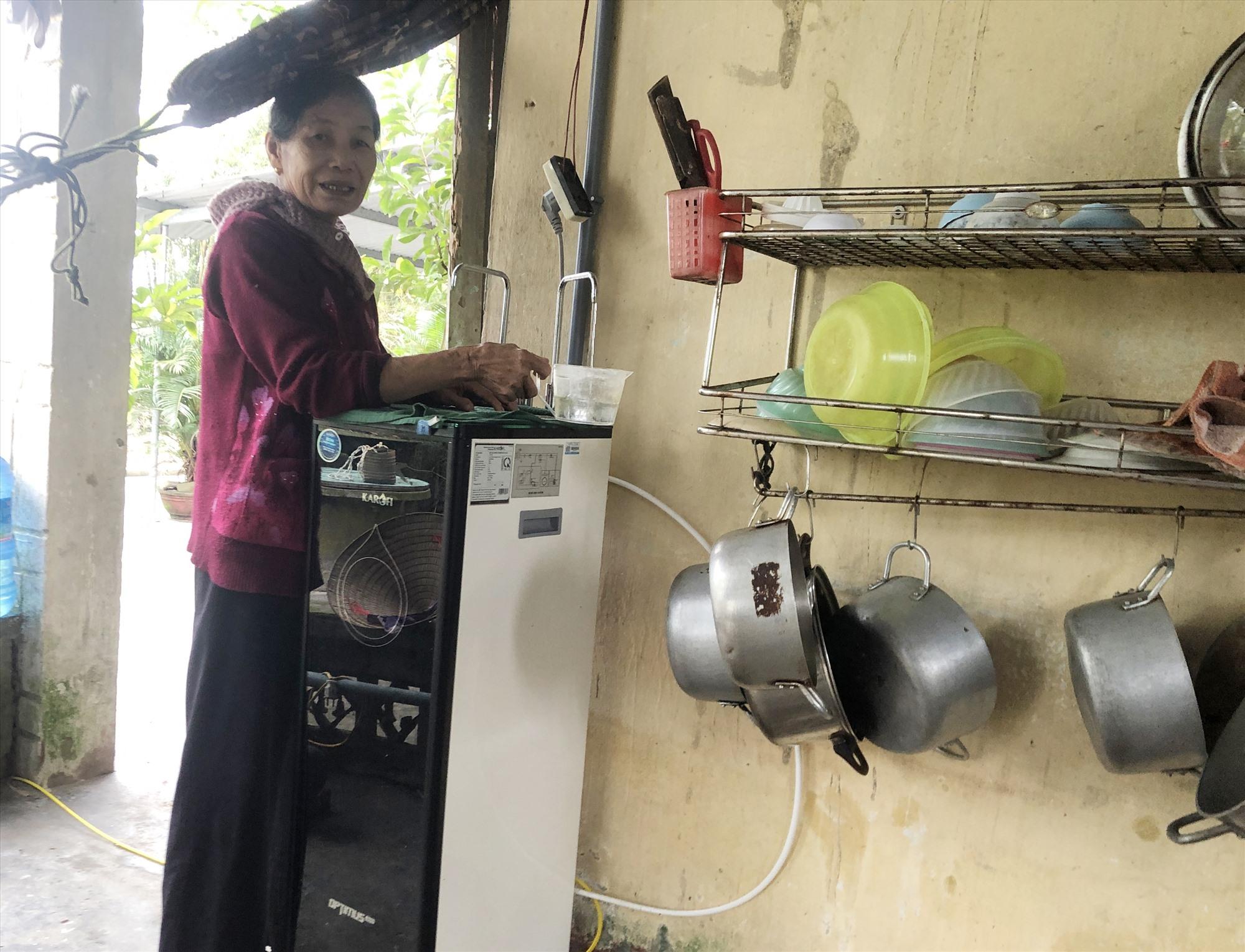 Người dân thôn Thái Nam (xã Tam Thăng) vẫn chưa có nước sạch để sử dụng. Ảnh: X.H