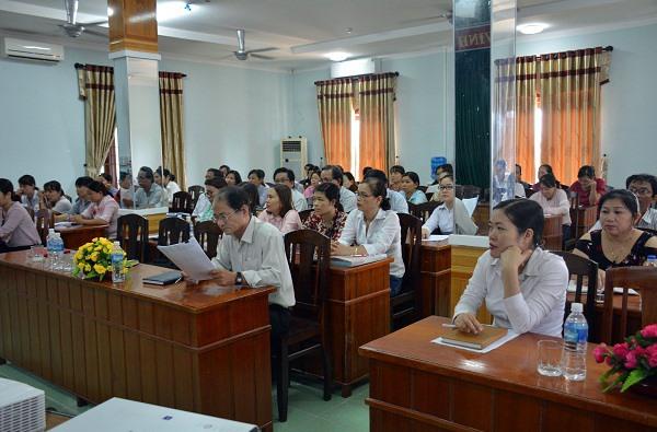 Tập huấn và đối thoại với người nộp thuế là những hoạt động được Chi cục Thuế huyện Thăng Bình thường xuyên tổ chức. Ảnh: V.D