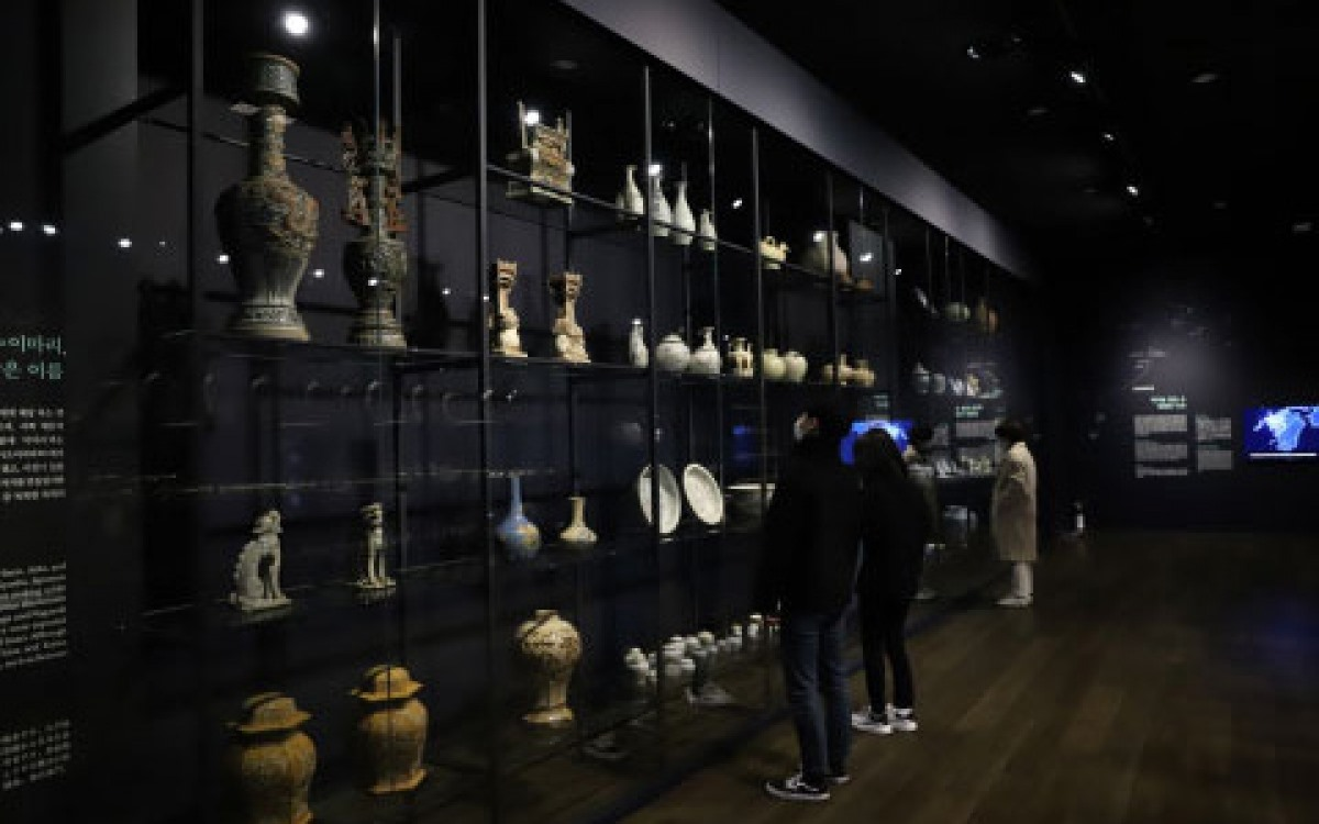 The event spans a total area of 680 square metres in the Asian section of the site.