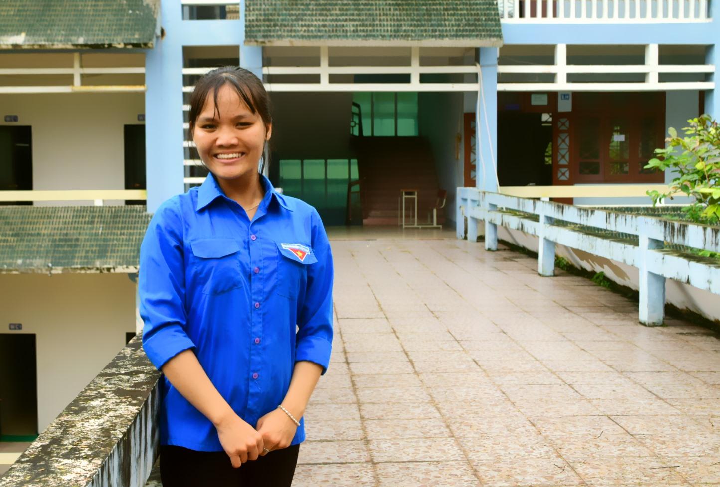 Chân dung nữ sinh viên Lê Trần Kim Thảo (Khoa Công nghệ thông tin, Trường Đại học Quảng Nam). Ảnh: THÁI CƯỜNG
