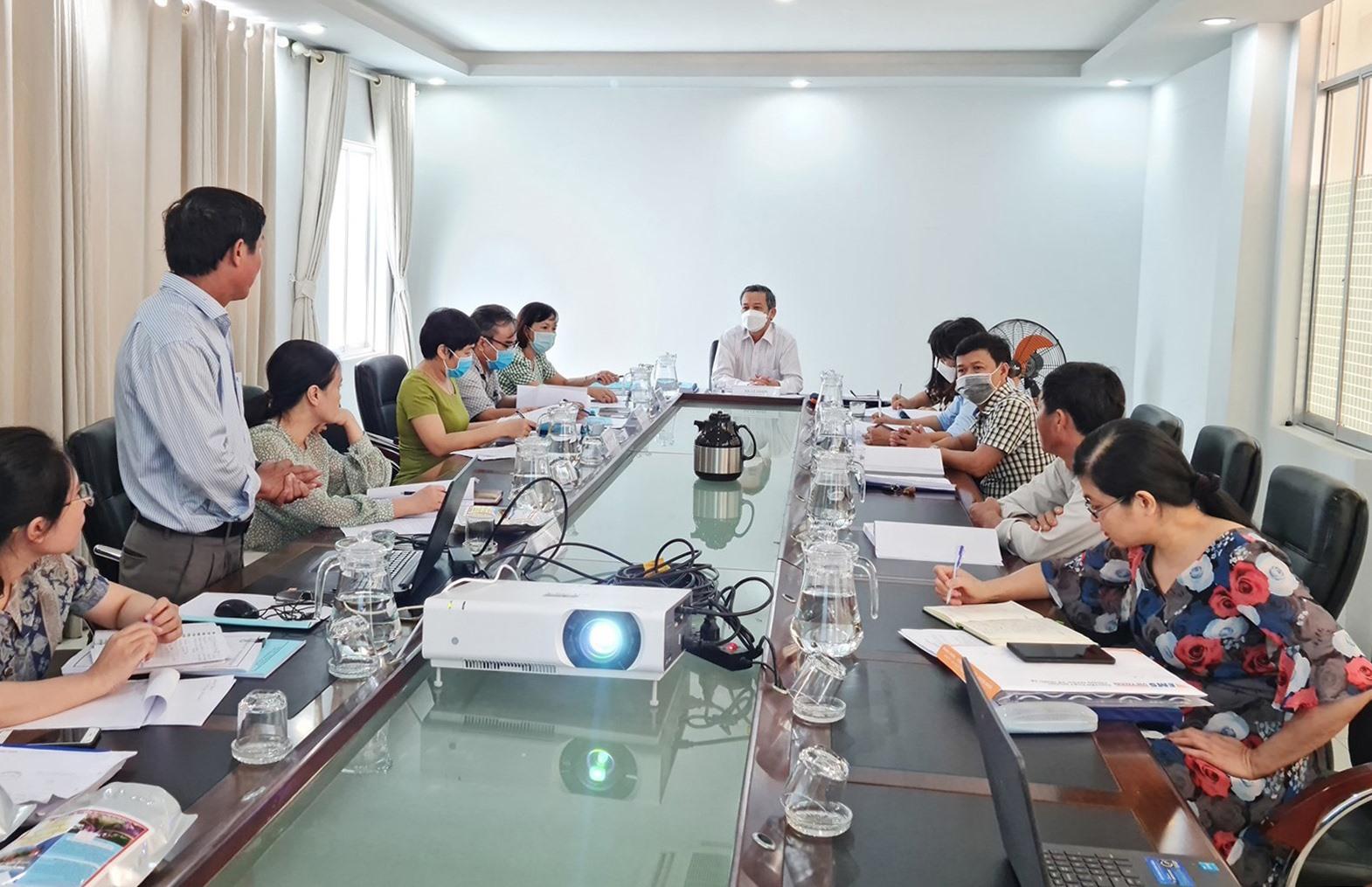 Quang cảnh buổi nghiệm thu dự án tại Sở KH&CN. Ảnh: H.LIÊN