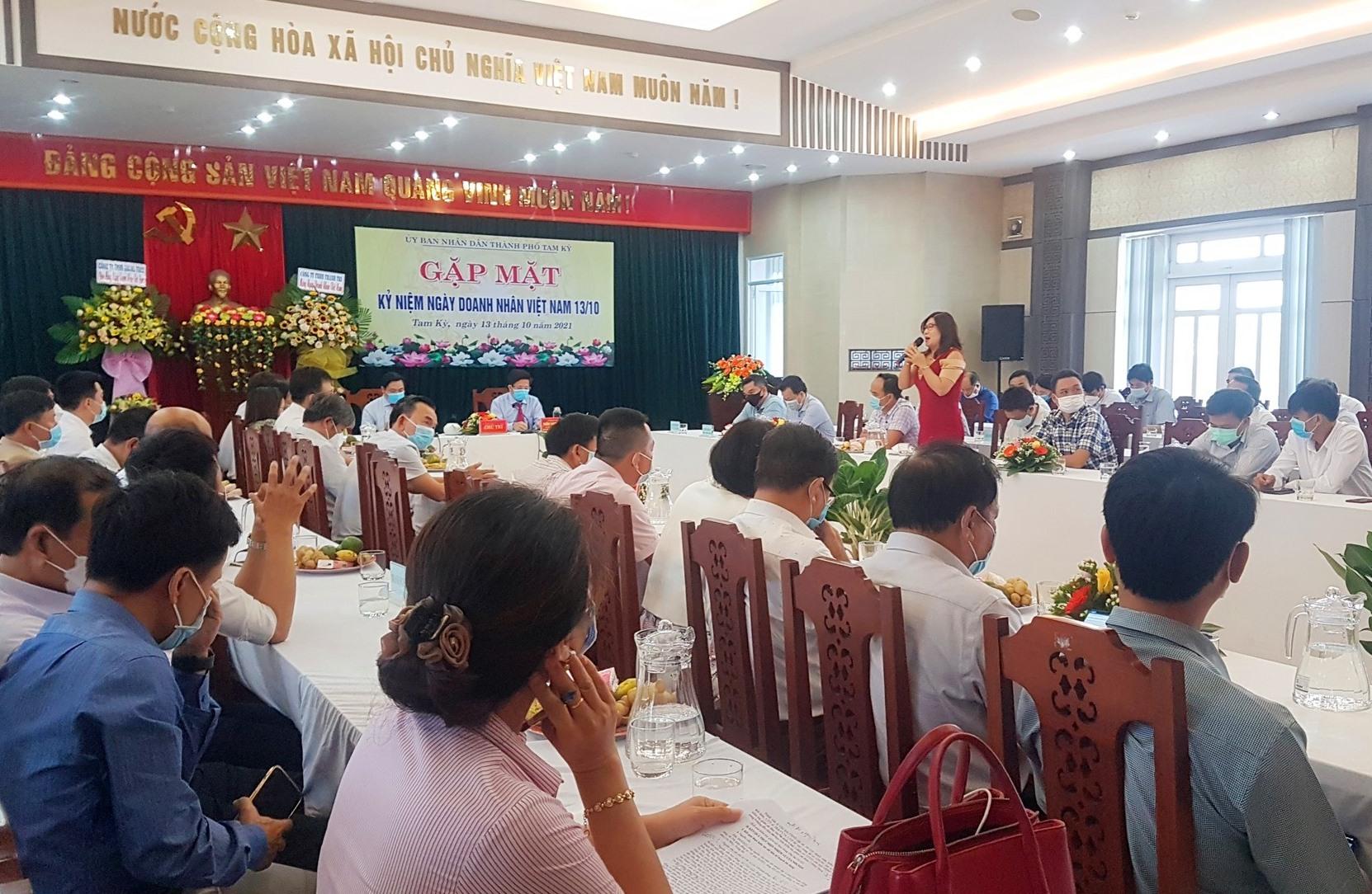 TP.Tam Kỳ tổ chức gặp mặt doanh nghiệp nhân Ngày Doanh nhân Việt Nam 13.10.