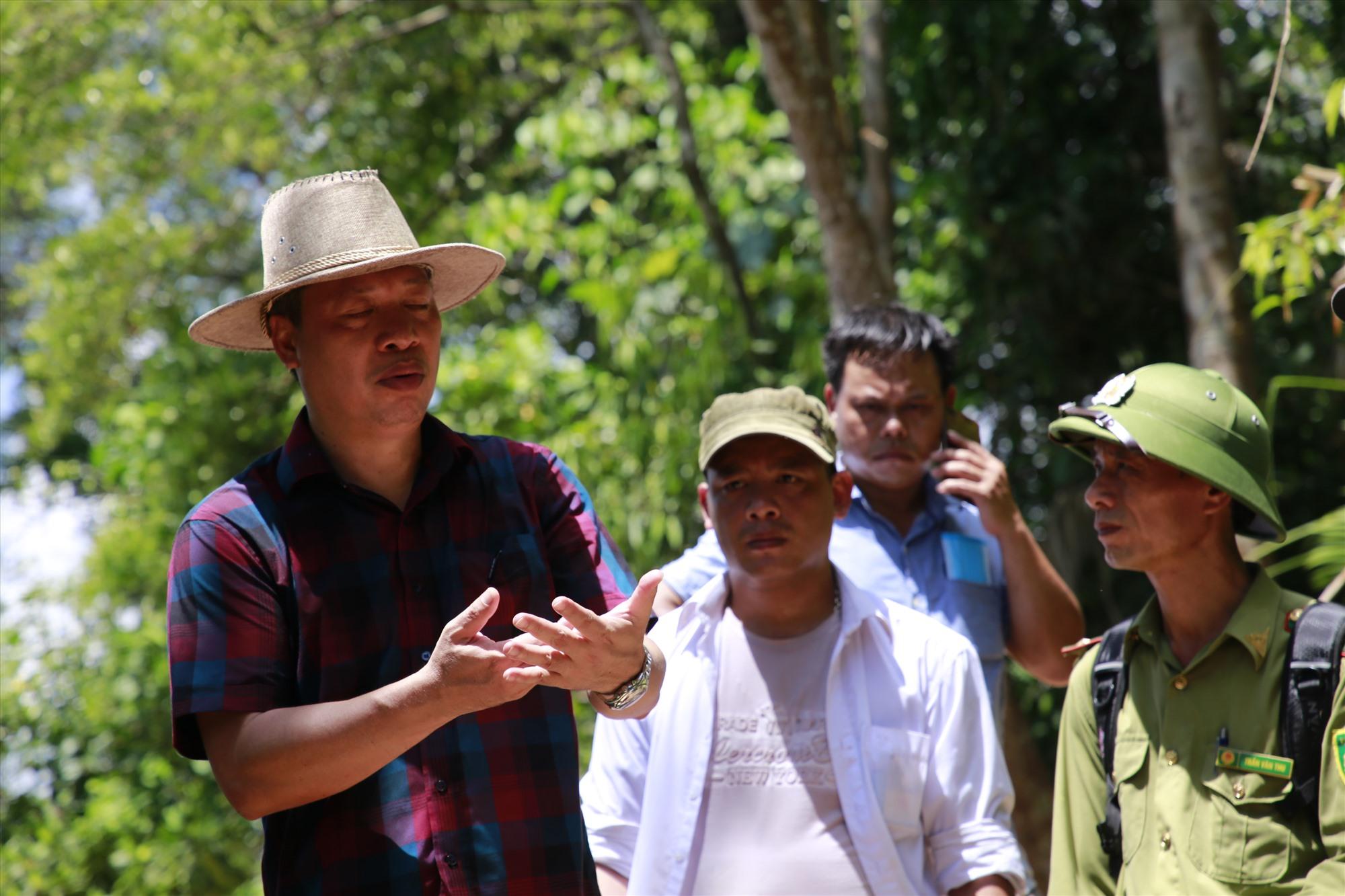 Phó Chủ tịch UBND tỉnh Hồ Quang Bửu yêu cầu các ngành khẩn trương vào cuộc điều tra, xử lý nghiêm vi phạm, đồng thời tăng cường công tác tuyên truyền pháp luật để người dân không tái diễn vi phạm. Ảnh: T.C