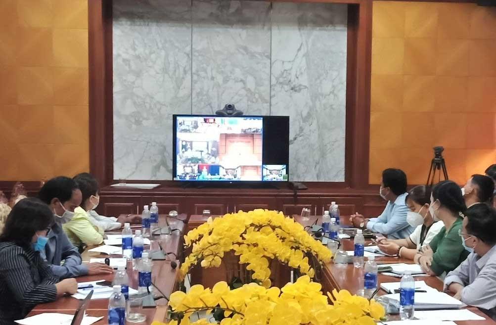 Đẩy mạnh chuyển động số, Nam Giang tổ chức các buổi họp trực tuyến đến cấp xã, tạo thuận lợi cho cán bộ cơ sở. Ảnh Đ.N