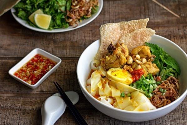 My Quang (Quang noodles)