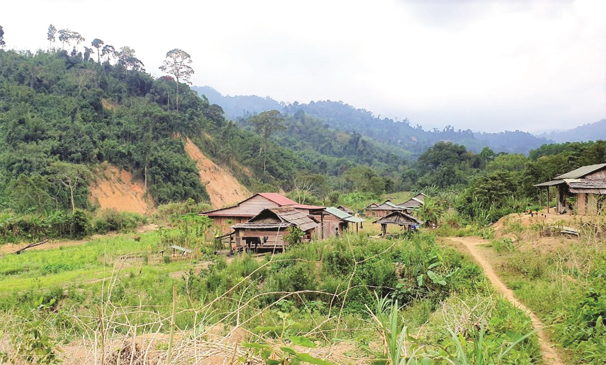 Cụm dân cư Pêtapooc - ngôi làng sát biên giới Việt - Lào.
