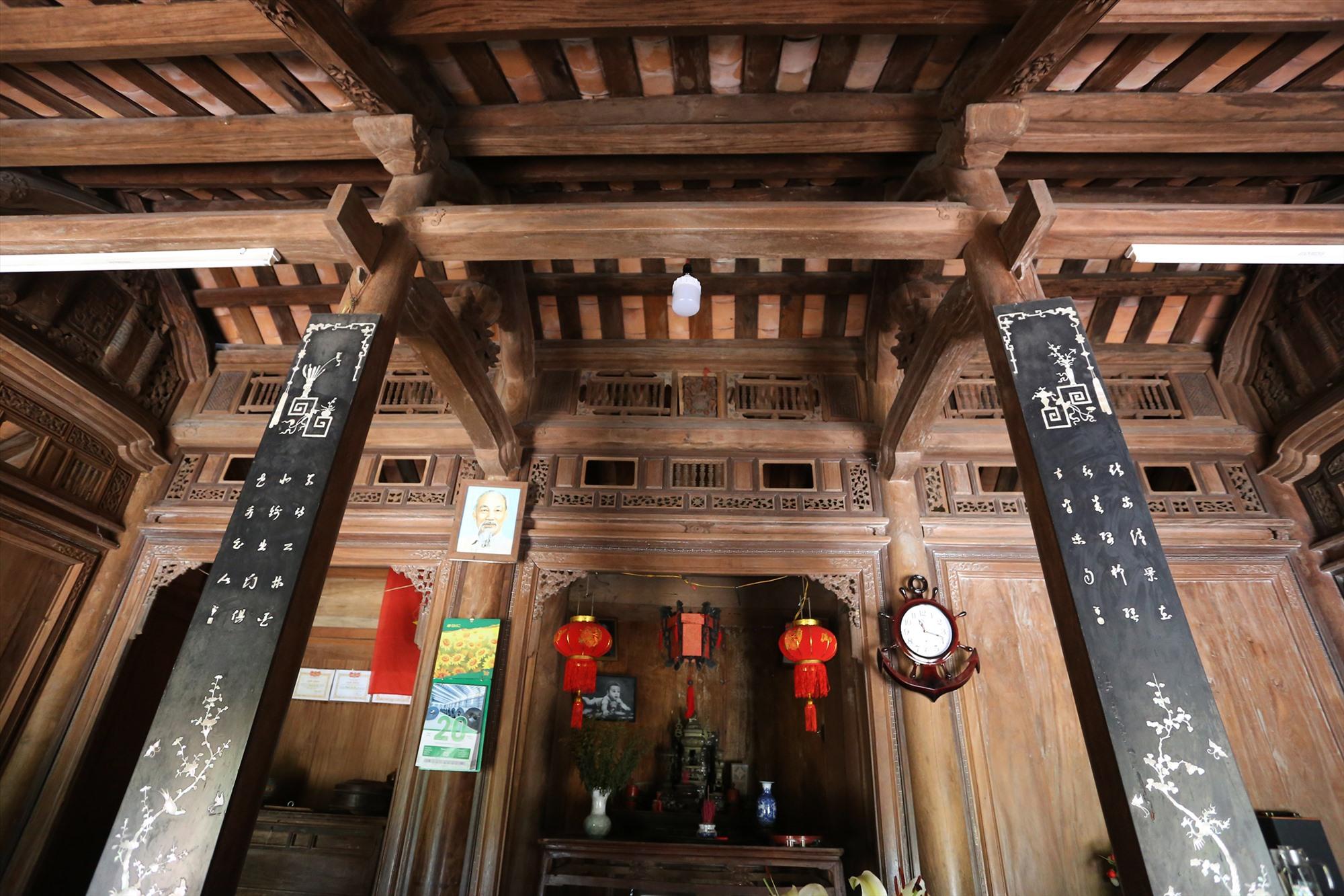 Inside an ancient house in Loc Yen