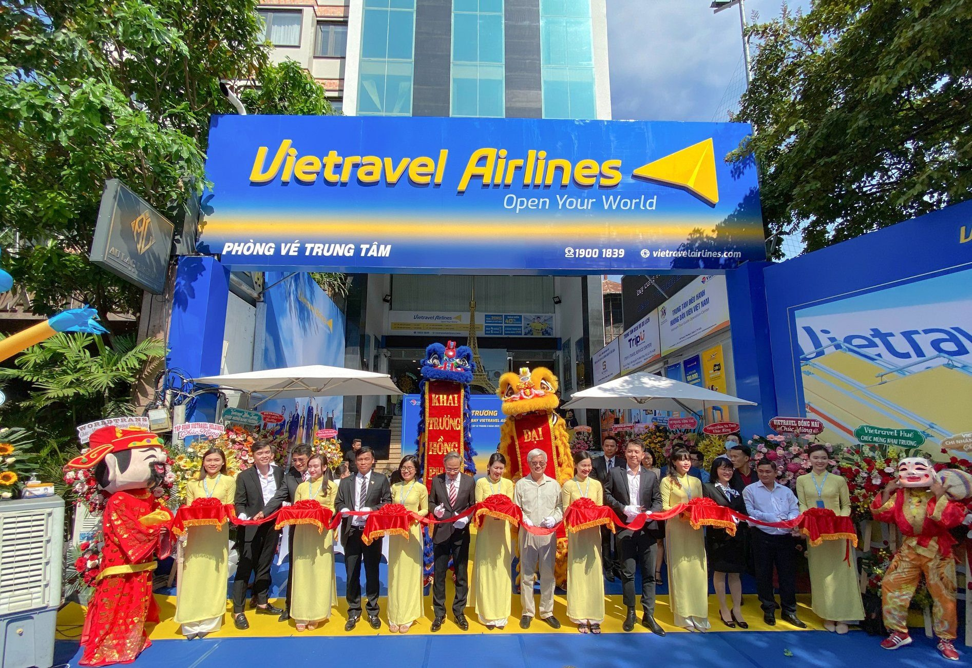 Khai trương hệ thống phòng bán vé máy bay Vietravel Airlines