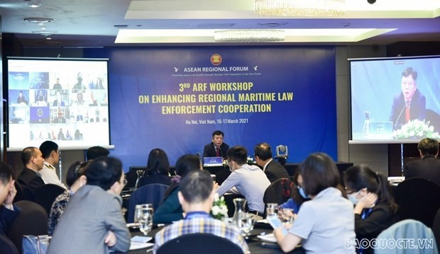 Director of the Vietnamese Foreign Ministry's ASEAN Department Vu Ho addresses the workshop (Photo: baoquocte.vn)