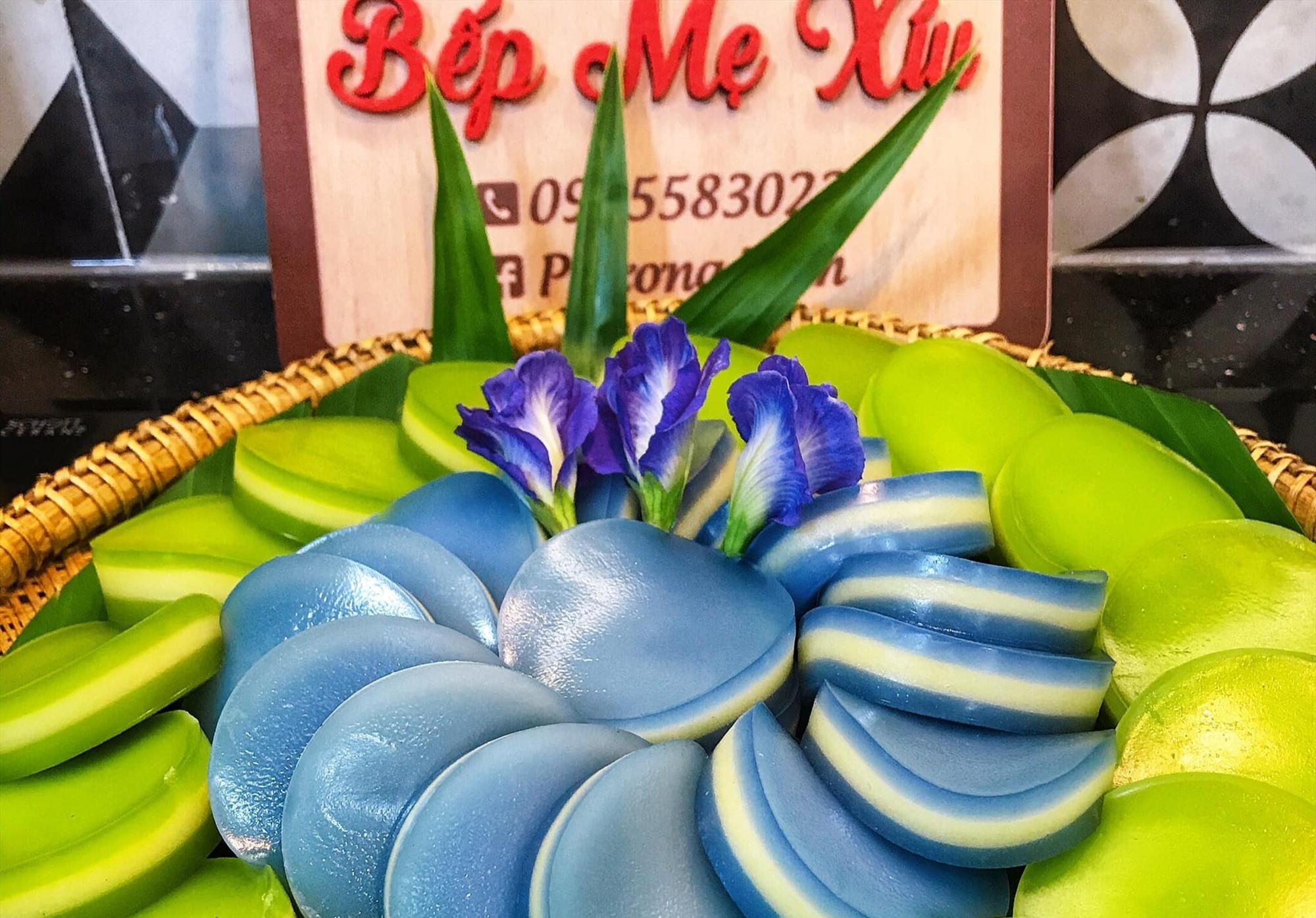 """Bánh da lợn ngọt thơm từ """"Bếp mẹ Xíu"""" của chị Trần Thị Phượng. Ảnh: N.Trang"""