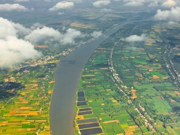 An aerial view of a Mekong River branch in Vietnam (Photo: VNA)