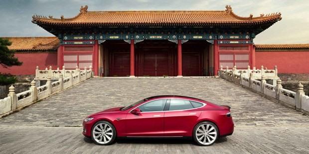 Tất cả xe Tesla bị yêu cầu đậu xe bên ngoài các khu phức hợp quân đội. Ảnh: electrek.co