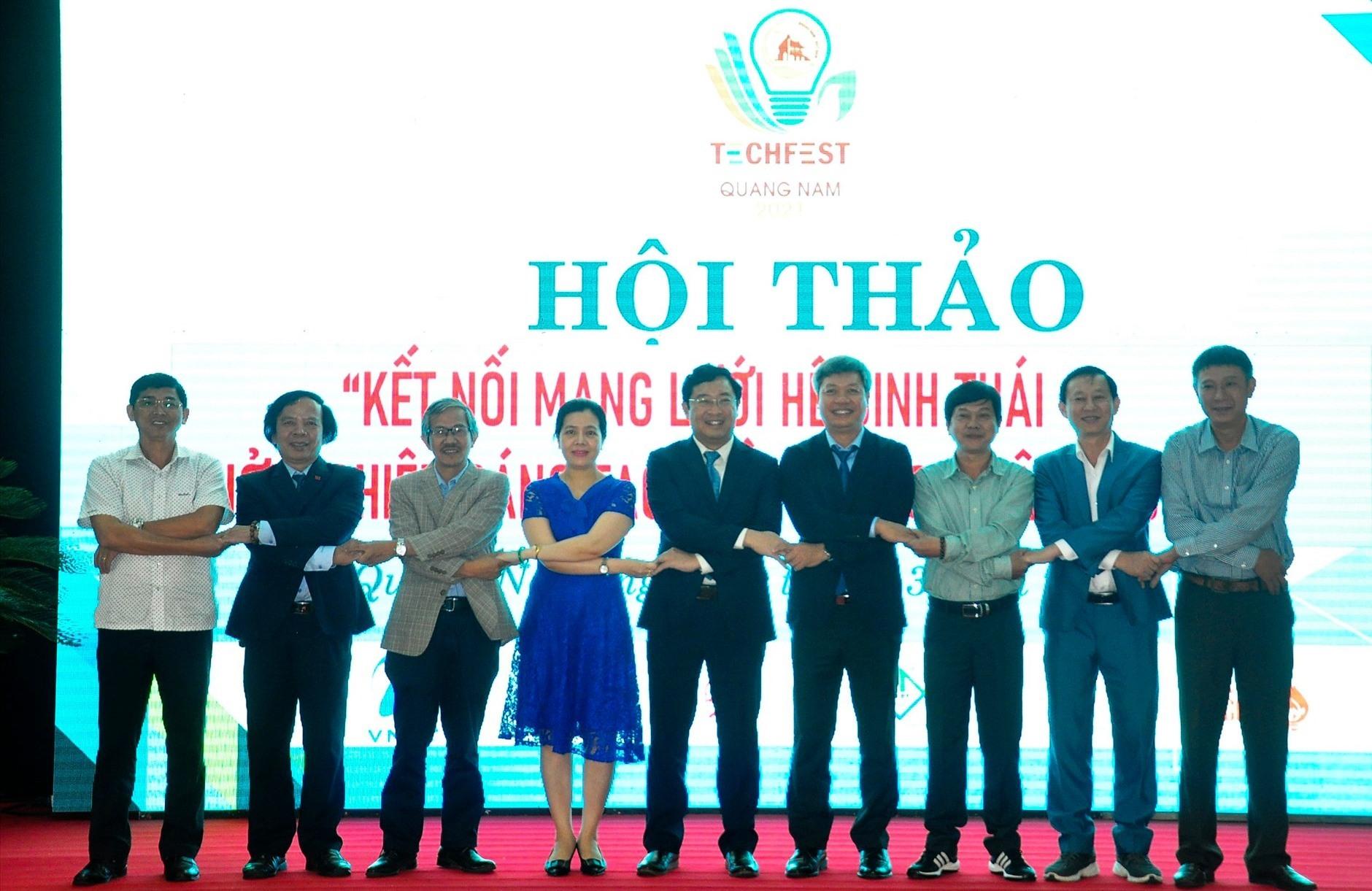 Hội thảo nhằm kết nối, chia sẻ, hợp tác giữa các mạng lưới sinh thái khởi nghiệp sáng tạo khu vực miền Trung - Tây Nguyên. Ảnh: C.V