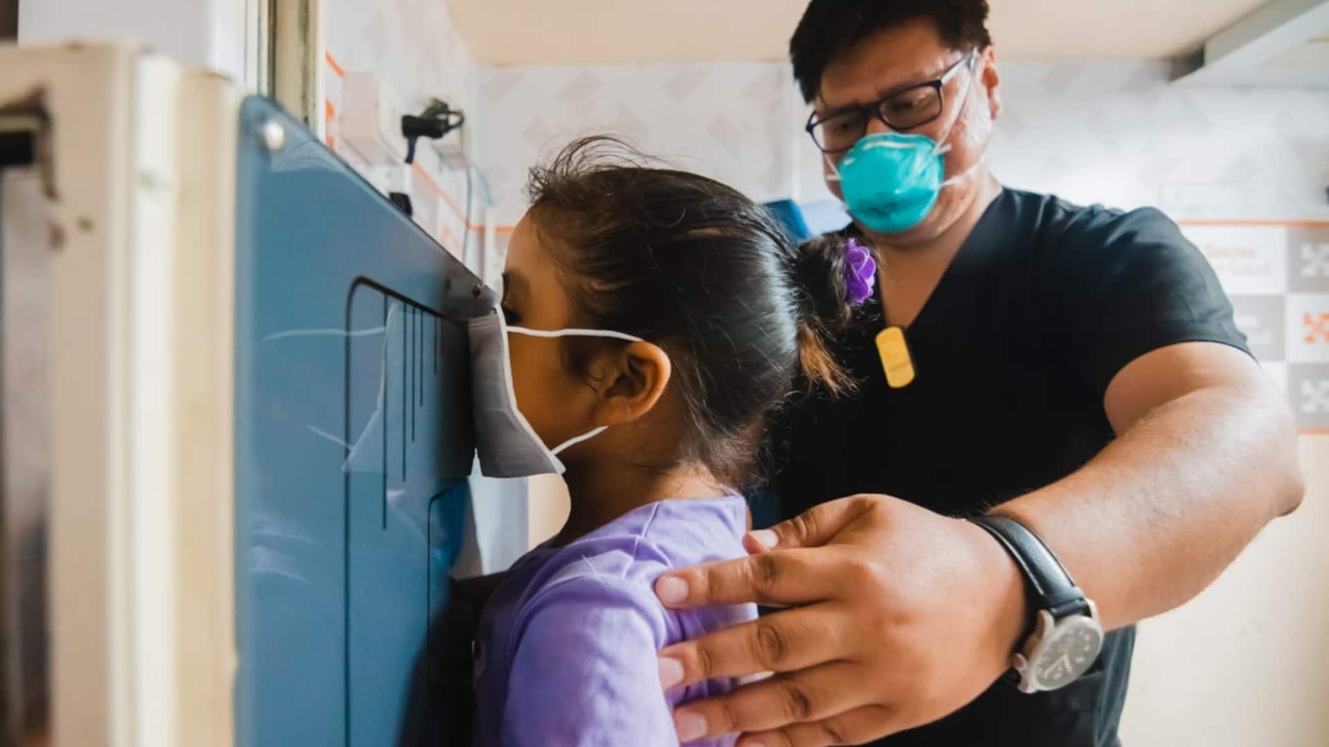 Tại cơ sở chẩn đoán và điều trị bệnh lao ở Peru. Ảnh: undark