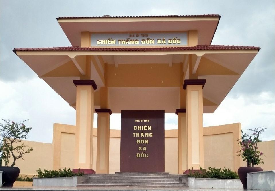 Bia di tích Chiến thắng Đồn xã Đốc (Thôn 1, xã Trà Đốc, huyện Bắc Trà My).
