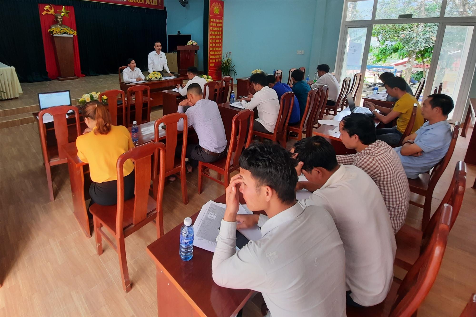 Đợt tuyên truyền lưu động còn tổ chức tập huấn cho cán bộ cấp xã để mở rộng đại lý, công tác viên.