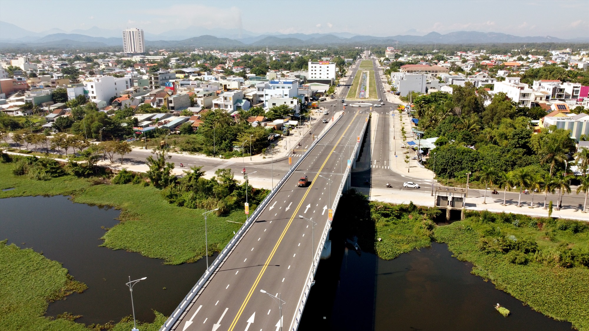 Xây dựng thương hiệu, đẳng cấp đô thị luôn là mục tiêu đeo đuổi của Quảng Nam. Trong ảnh: Đô thị Tam Kỳ.Ảnh: PHƯƠNG THẢO