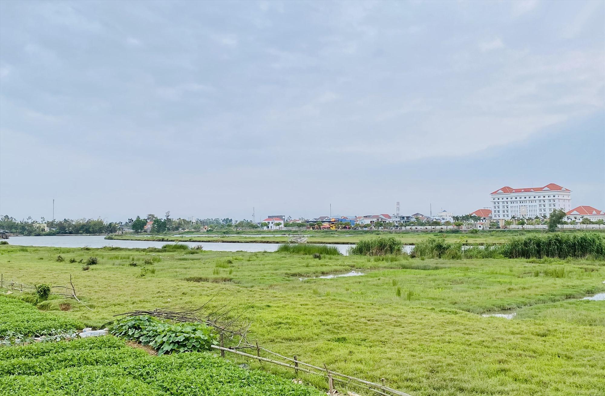 Vùng phía đông sông Bàn Thạch sẽ được dành cho đô thị, dịch vụ, du lịch và bảo tồn cảnh quan.Ảnh: T.THƯ