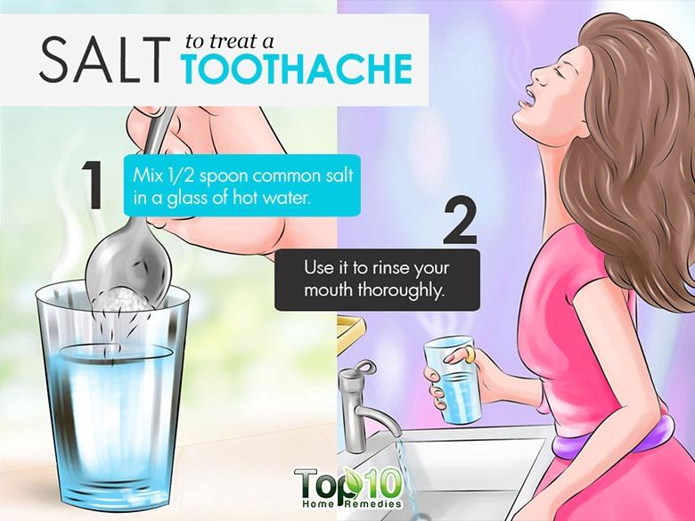 Một ly nước muối ấm đơn giản có thể giúp bạn giảm đau răng. Trộn nửa thìa muối thông thường vào một cốc nước nóng và dùng nó để rửa miệng thật kỹ. Nó sẽ giúp làm giảm sưng và viêm, và chống lại các vi khuẩn gây nhiễm trùng.