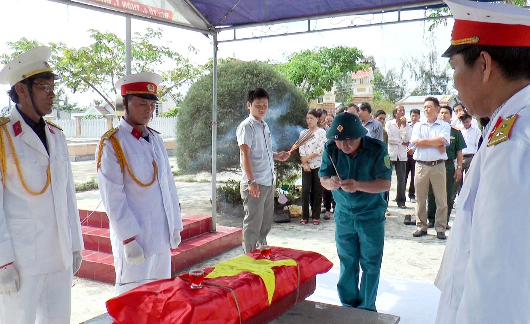 Giai đoạn 2013 – 2020, huyện Thăng Bình đã quy tập 100 hài cốt liệt sỹ vào nghĩa trang liệt sĩ các địa phương.