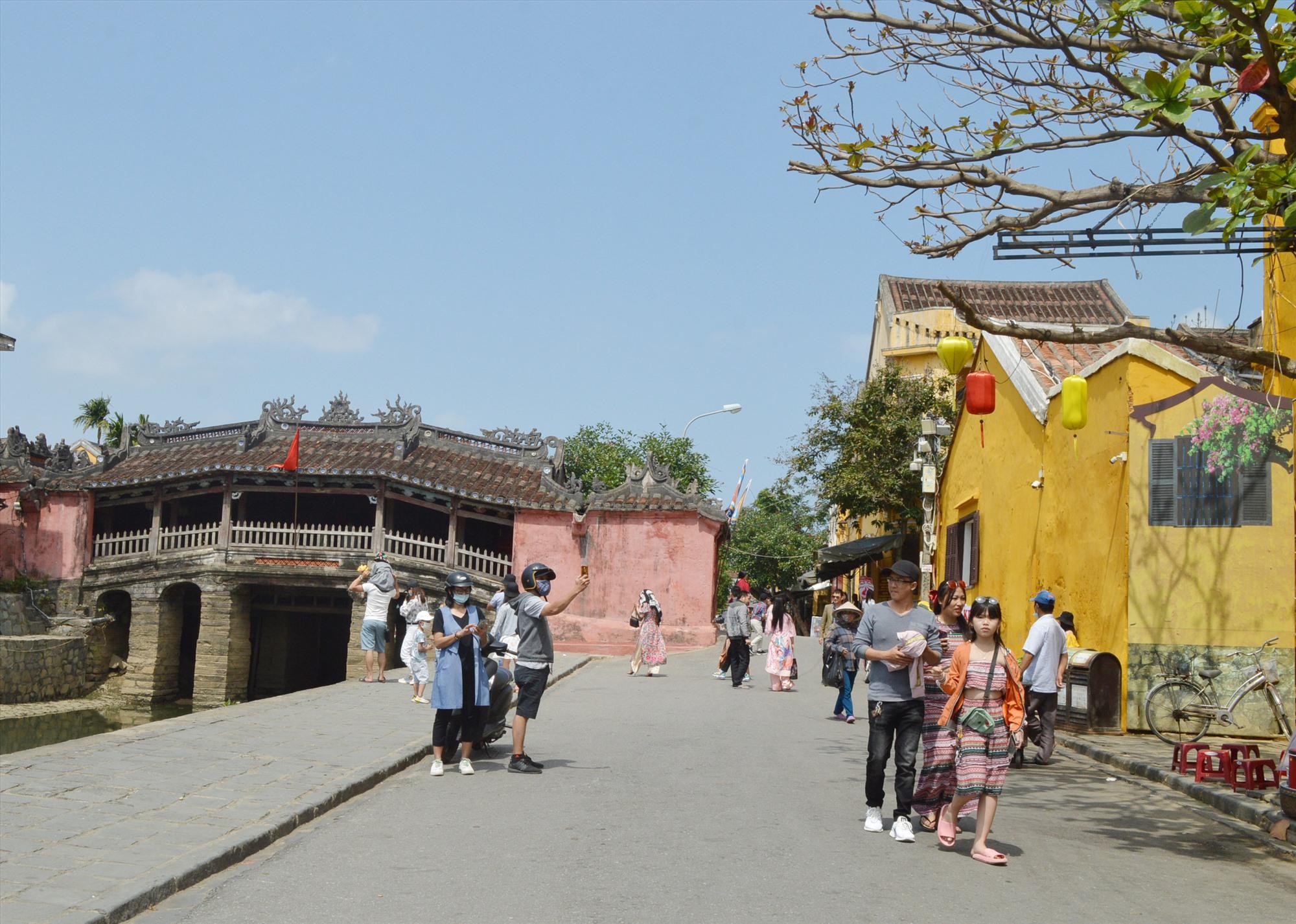 Du lịch Quảng Nam kỳ vọng về sự hồi phục trong dịp hè.