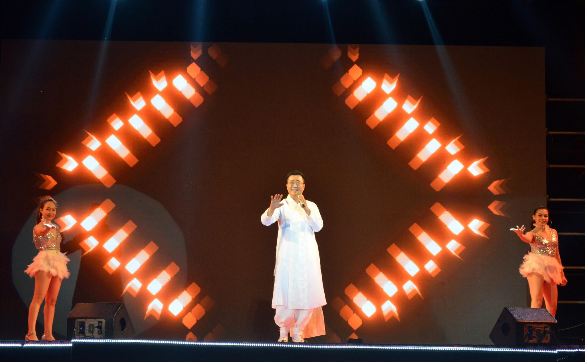 Sự kiện thu hút một số ca sỹ Hàn Quốc đang sinh sống tại Việt Nam tham gia