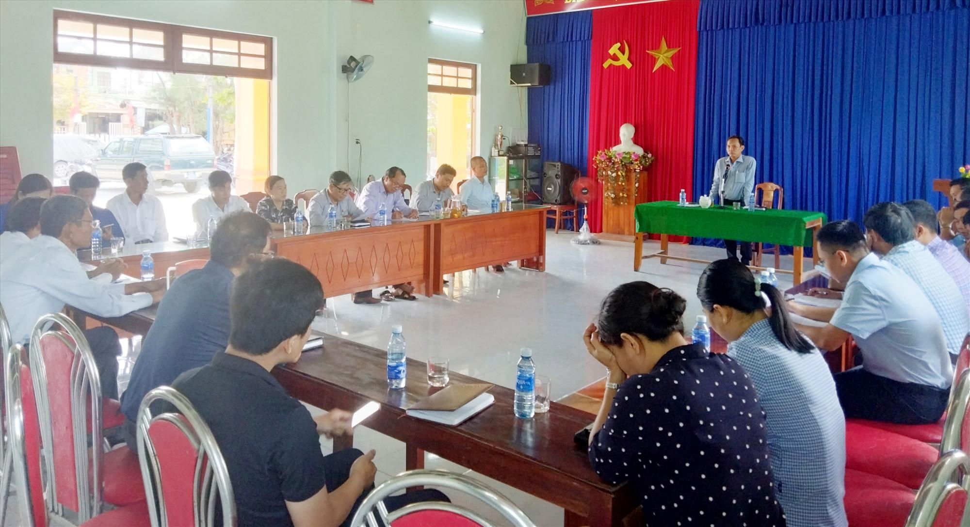 Huyện Thăng Bình tổ chức đối thoại với hộ ông Nguyễn Thành liên quan đến dự án cầu Bình Đào.