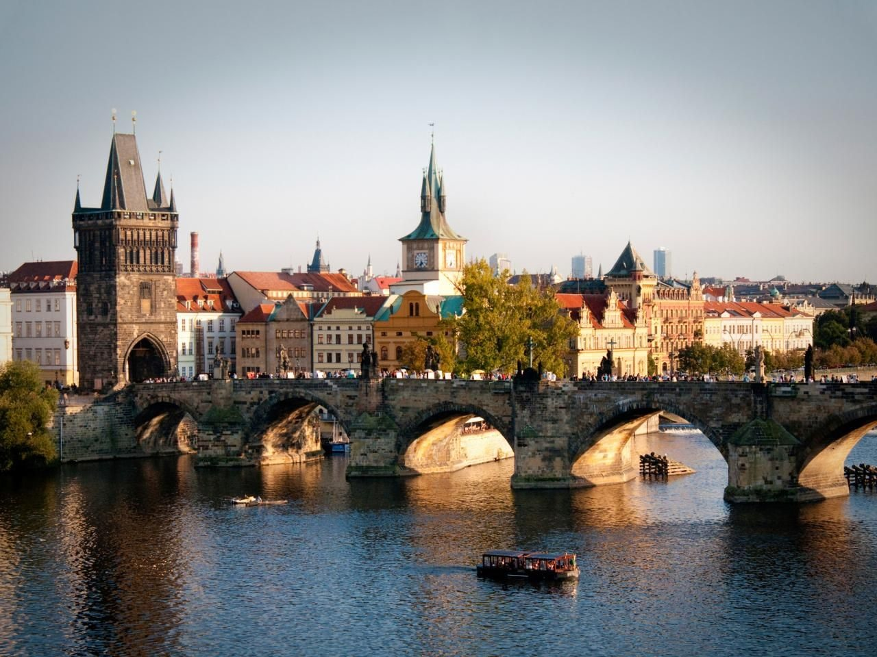 Charles Bridge is of Gothic architecture. It is a world famous tourist attraction.   Photo: Travelchannel