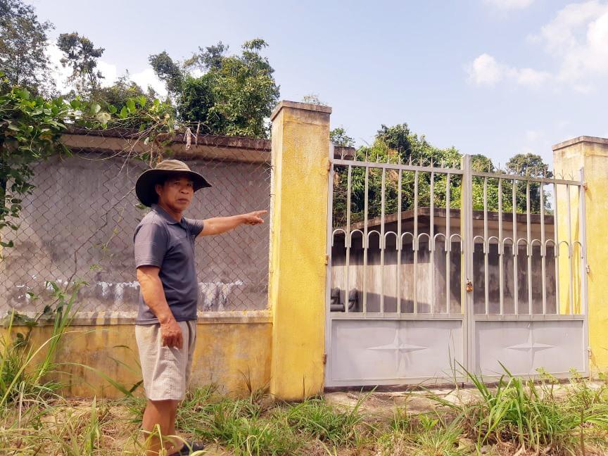 """Công trình cấp nước tiền tỷ tại thôn Đại Bình (Nông Sơn) """"đắp chiếu"""" sau nghiệm thu do kiệt nguồn nước. Ảnh: H.LIÊN"""