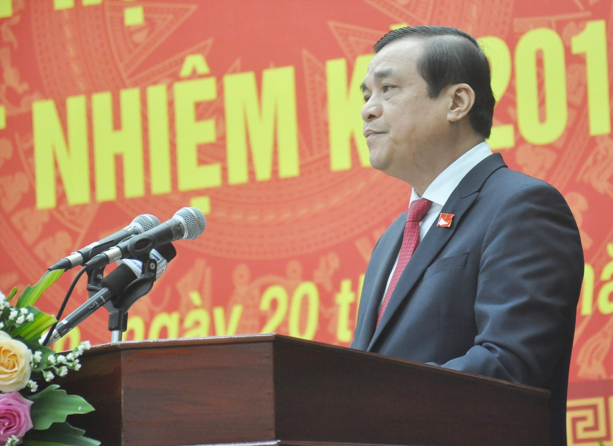 Bí thư Tỉnh ủy, Chủ tịch HĐND tỉnh Phan Việt Cường phát biểu diễn văn khai mạc Kỳ họp thứ 24. Ảnh: N.Đ