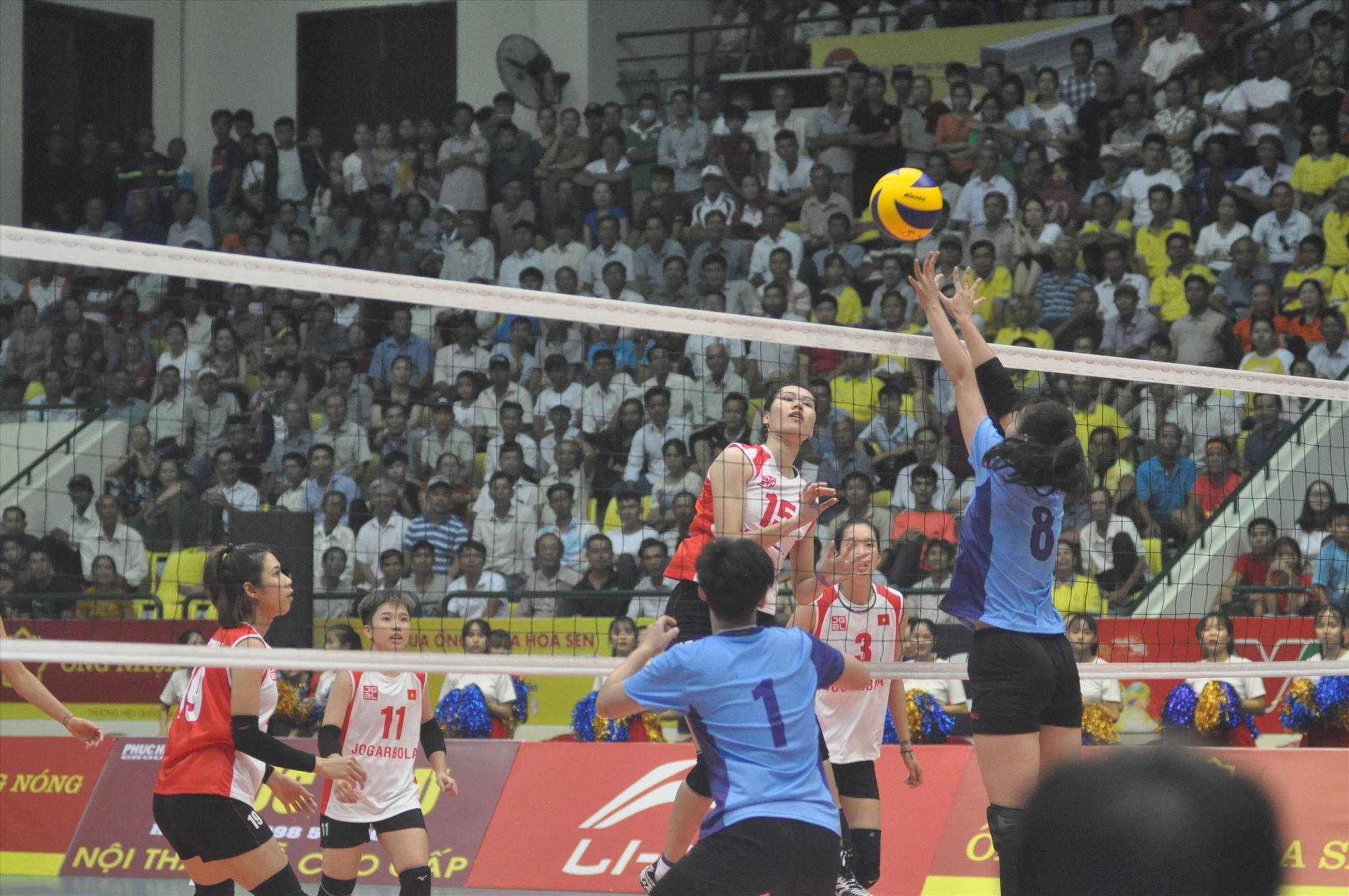 Giải bóng chuyền quốc tế VTV Cup diễn ra tại Quảng Nam được xem là sự kiện lớn. Ảnh: T.VY