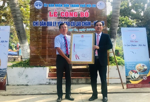 Registration certificate of geographical indications for Cu Lao Cham Salanganes' nest offered to Hoi An