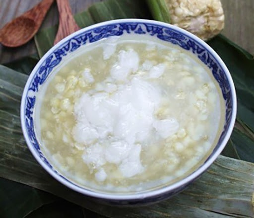 The soup is made from the local corns, so it has a different flavour. It is enjoyed with coconut milk.