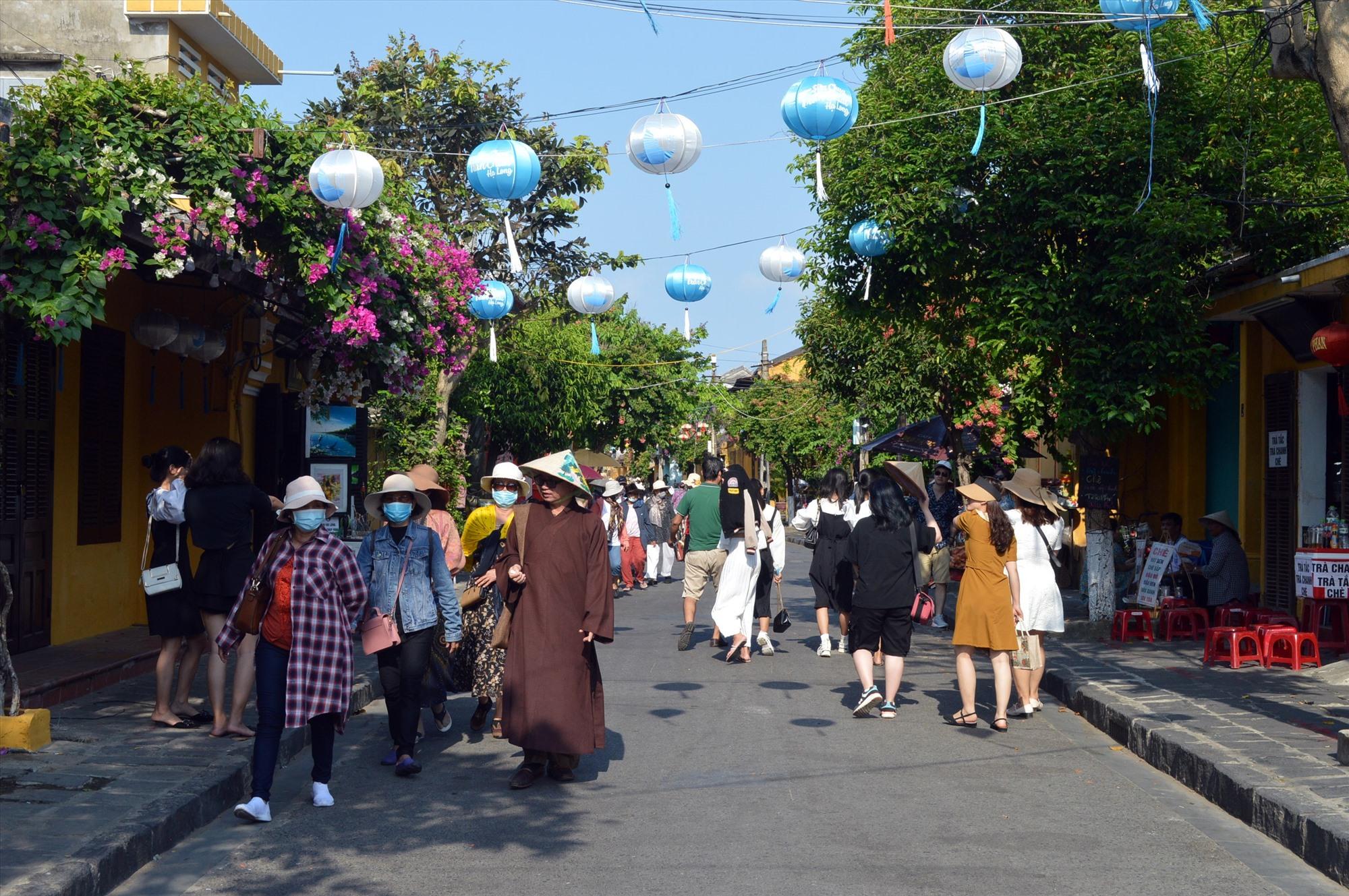 Các di tích tư nhân mở cửa sẽ góp phần giúp cho hoạt động du lịch phố cổ thêm khởi sắc