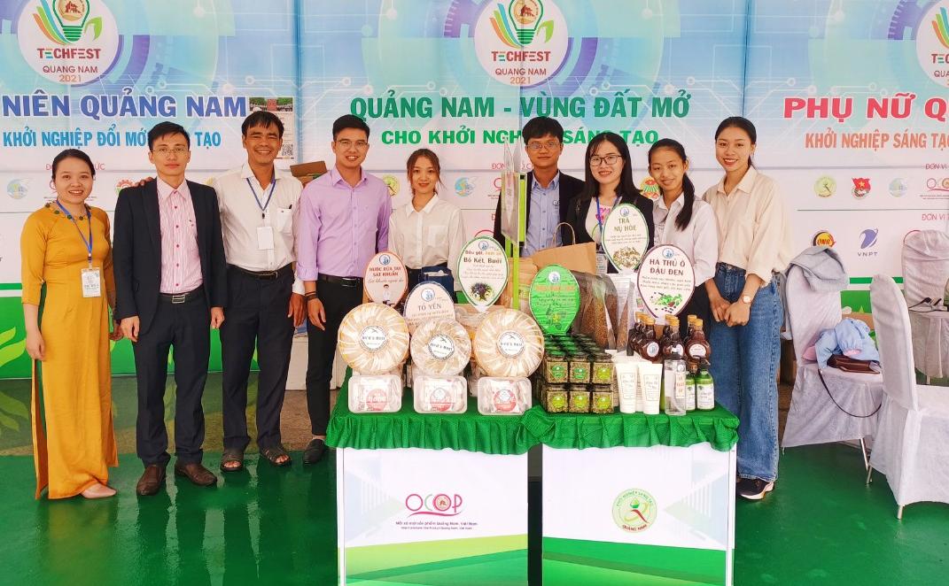 Các sản phẩm khởi nghiệp sáng tạo của Khoa Y Dược - Đại học Đà Nẵng. Ảnh: smp.udn.vn