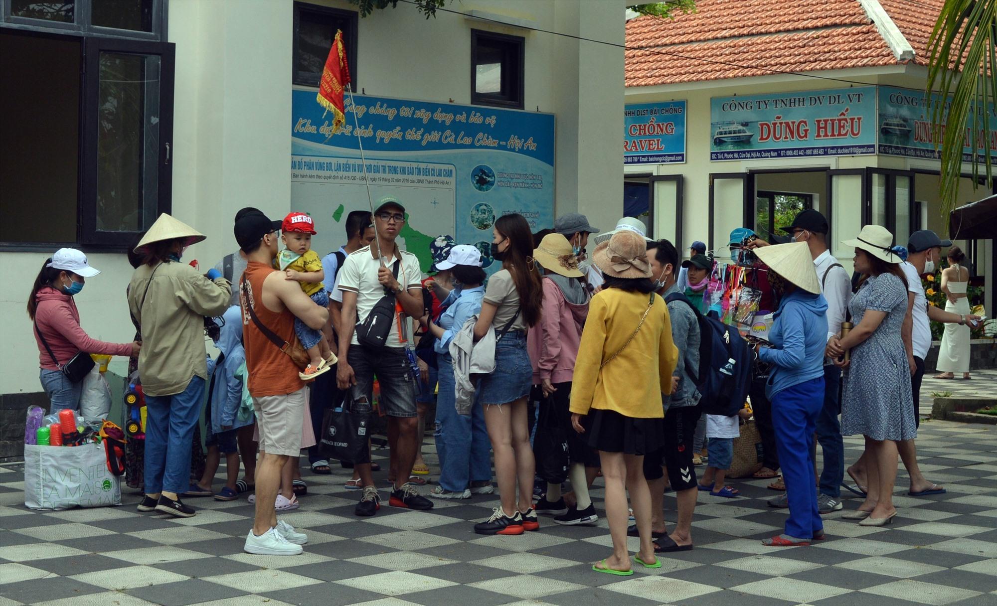 Những hoạt động, sự kiện du lịch đông người sẽ bị hủy trong dịp lễ 30.4 -1.5 để phòng chống dịch Covid-19