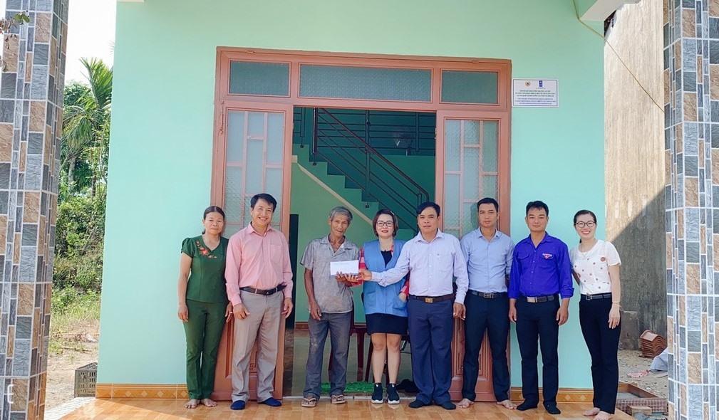 Ngôi nhà mới của ông Lê Văn Chín (thôn Ninh Khánh, xã Phước Ninh, Nông Sơn) vừa hoàn thành. Ảnh: CTV