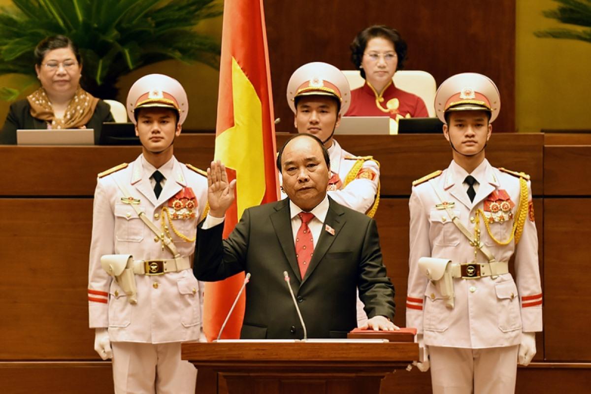 Thủ tướng Nguyễn Xuân Phúc tuyên thệ nhậm chức năm 2016. (Ảnh: VGP)