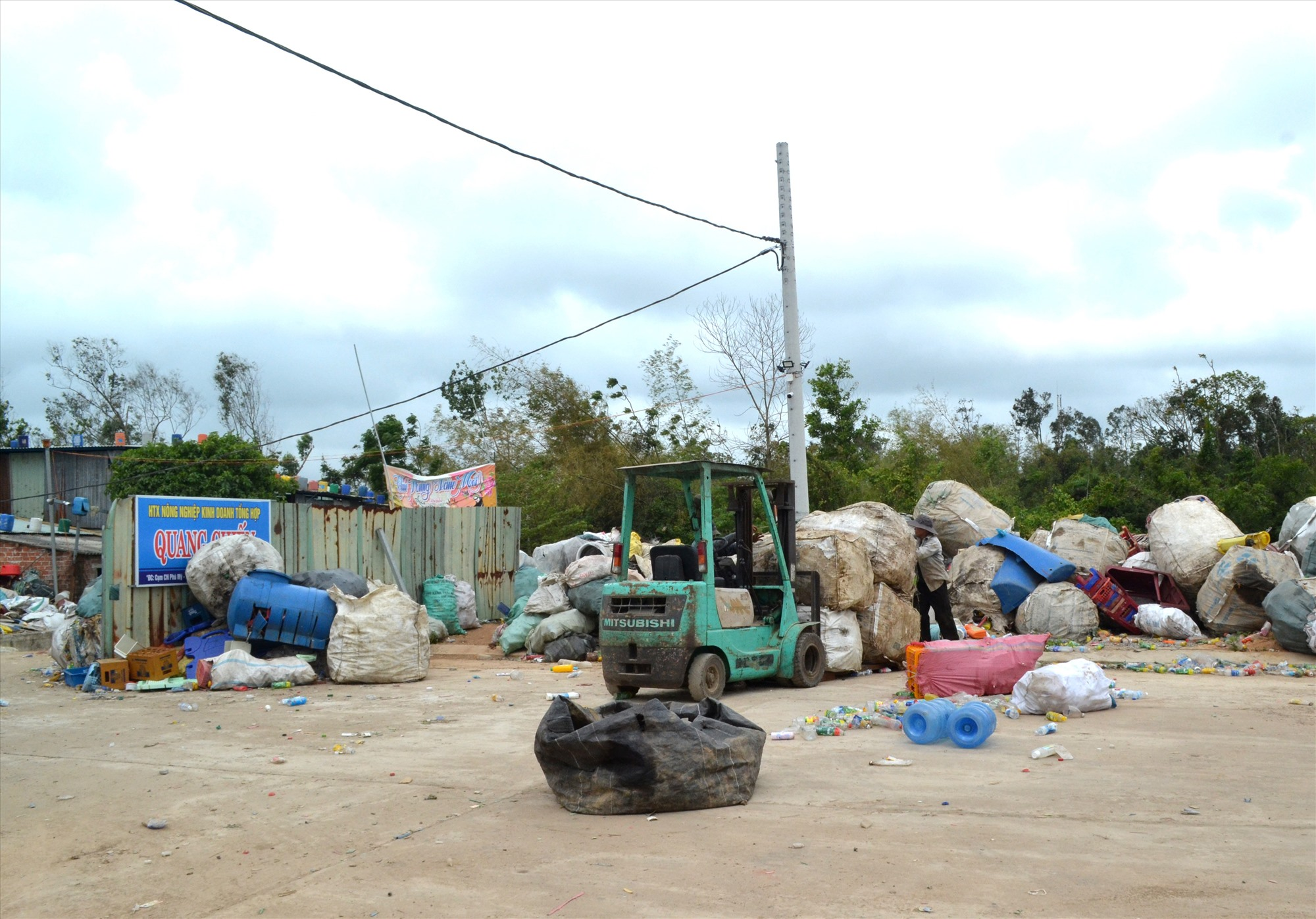 HTX Quang Chiến gây ô nhiễm môi trường ở CCN Phước Mỹ. Ảnh: VIỆT NGUYỄN