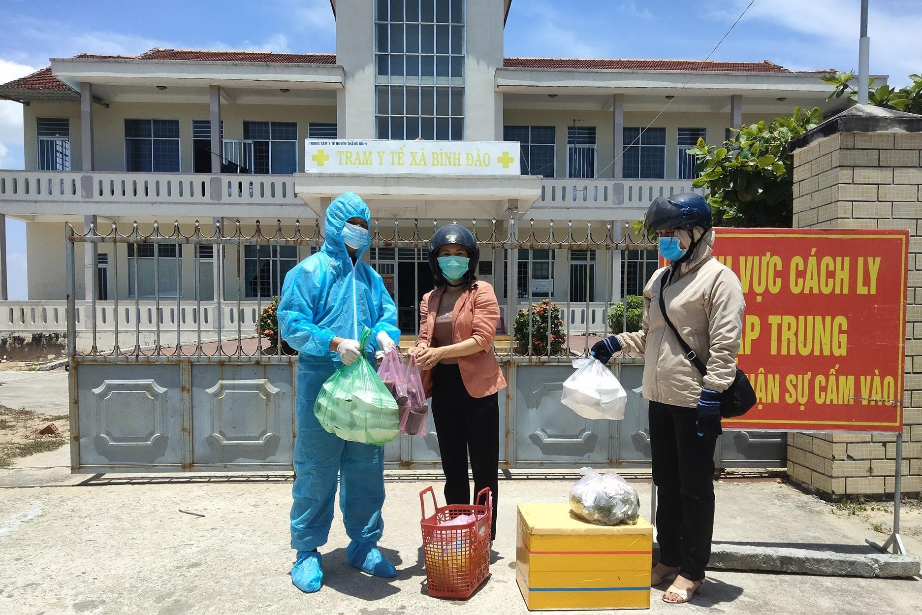 ở sở cách ly tập trung tại Nhà đa năng và Trạm y tế xã Bình Đào hiện tiếp nhận 40 công dân tham gia cách ly