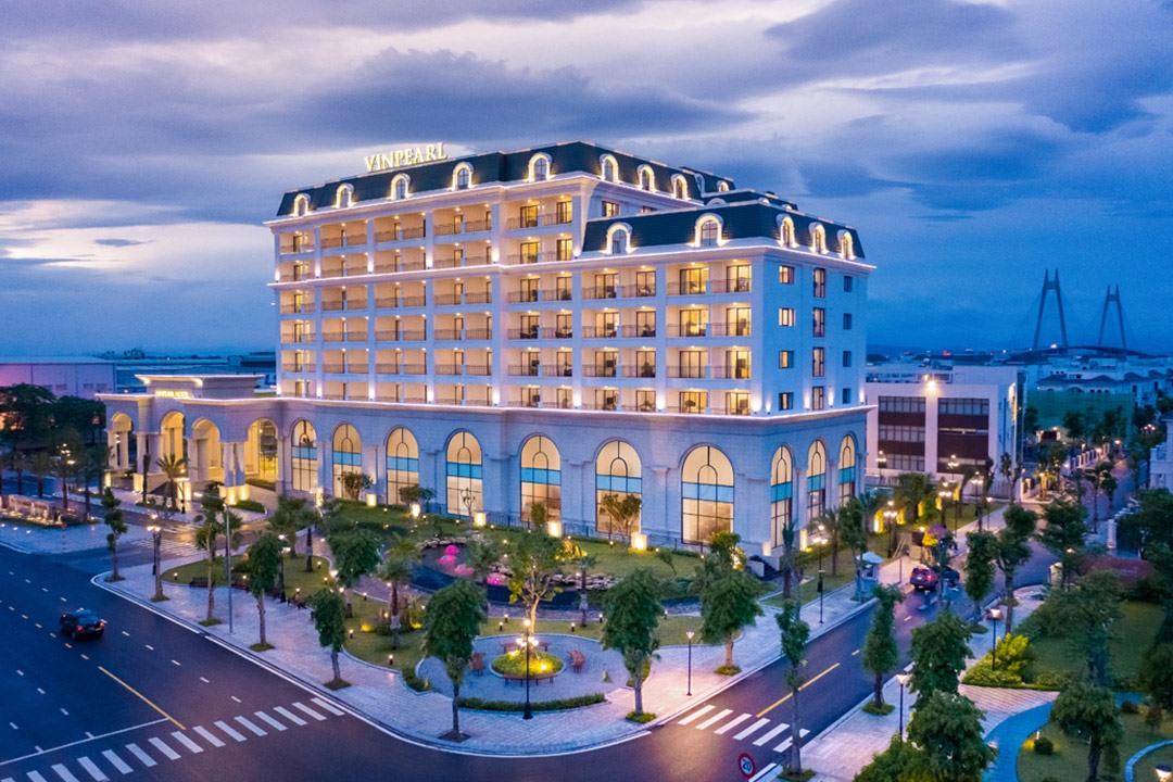 Vinpearl Hotel Lạng Sơn và Vinpearl Hotel Rivera Hải Phòng – 2 đại diện trong chuỗi khách sạn nội đô của Vinpearl có tên trong hạng mục giải thưởng Travelers' Choice Awards.