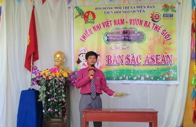 Thầy Nguyễn Văn Hoa, giáo viên Tổng phụ trách Đội Trường Tiểu học Ngô Quyền. (Ảnh nhân vật cung cấp)