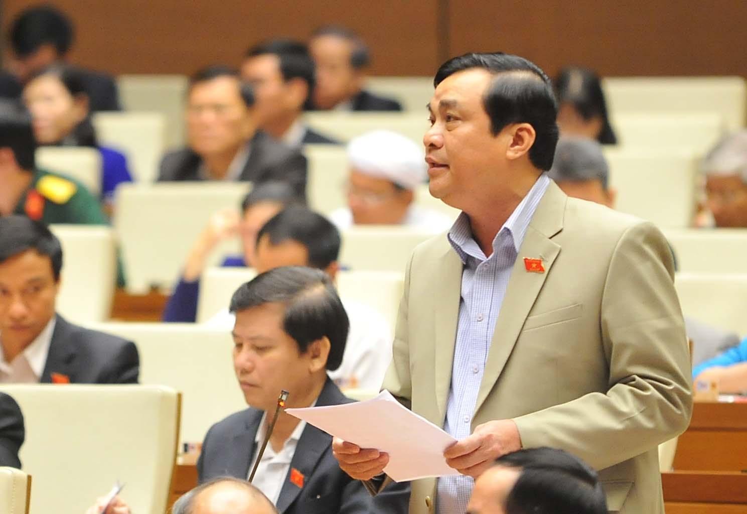Trưởng đoàn Đại biểu Quốc hội tỉnh Phan Việt Cường trong một lần phát biểu tại diễn đàn Quốc hội. Ảnh: T.S