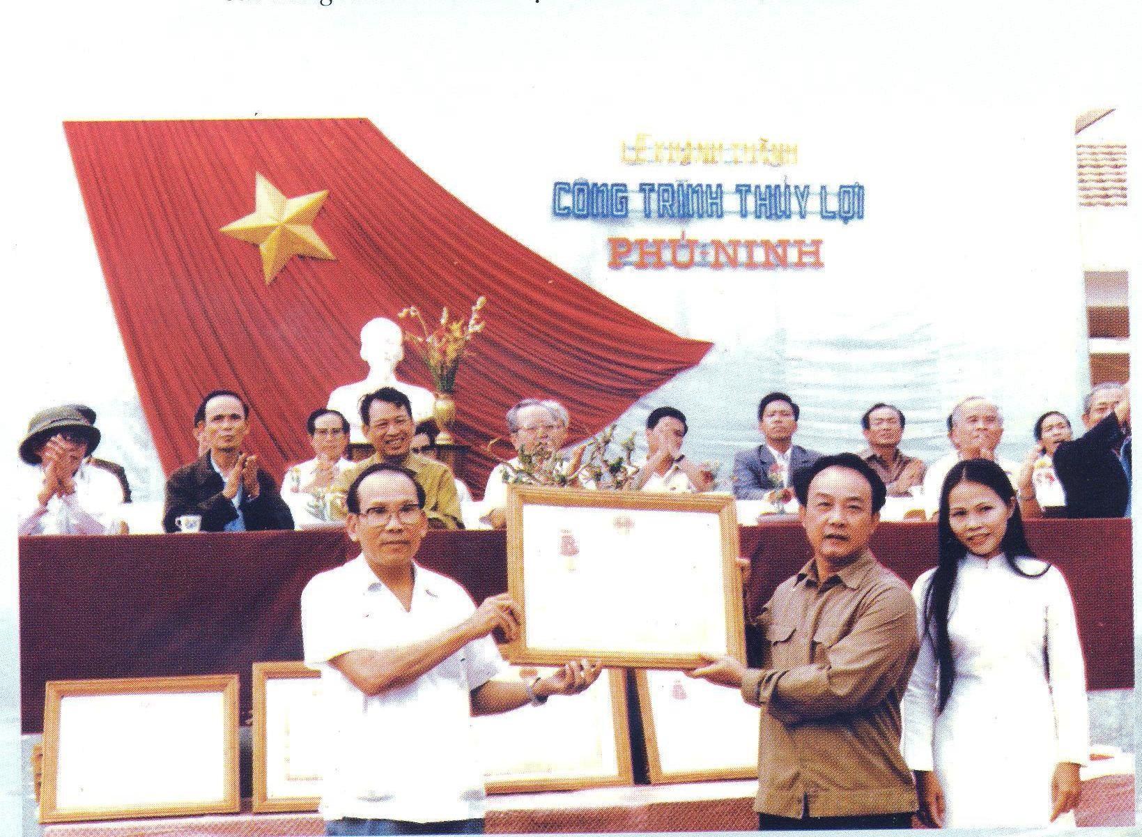 Khánh thành công trình Đại thủy nông Phú Ninh, tháng 3.1986 (Ảnh tư liệu)